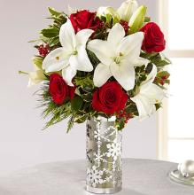The Holiday Elegance™ Bouquet